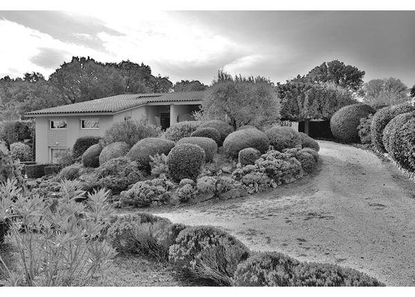 Photo of 13090, Aix-En-Provence, Fr