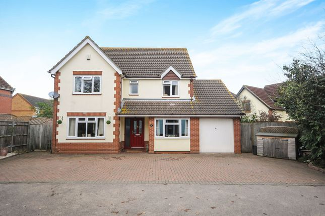5 bed detached house for sale in Linfold Close, Braintree