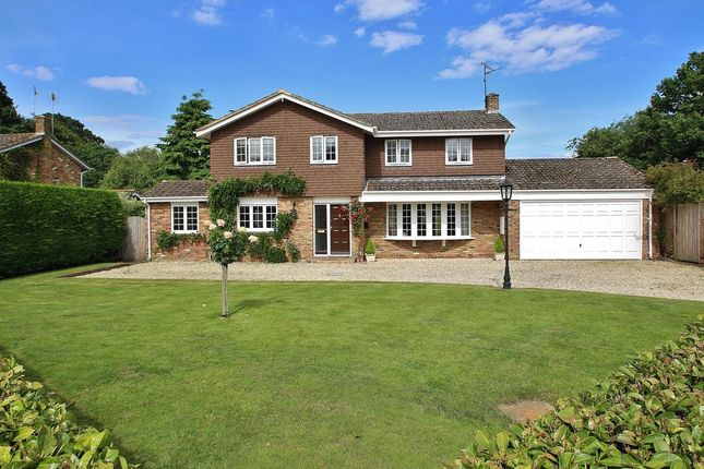 Thumbnail Detached house for sale in Captains Gorse, Upper Basildon, Reading