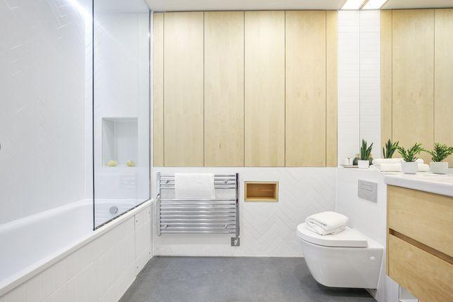 02A6Fa78-Bdd3-4A85-8d05-32F1Ad7666c3Cabsre - Flat C01.01 Sidworth Street, E8 3Sd . Bathroom . View 1. 1