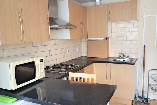Thumbnail Flat to rent in De Vere Gardens, Cranbrook, Ilford