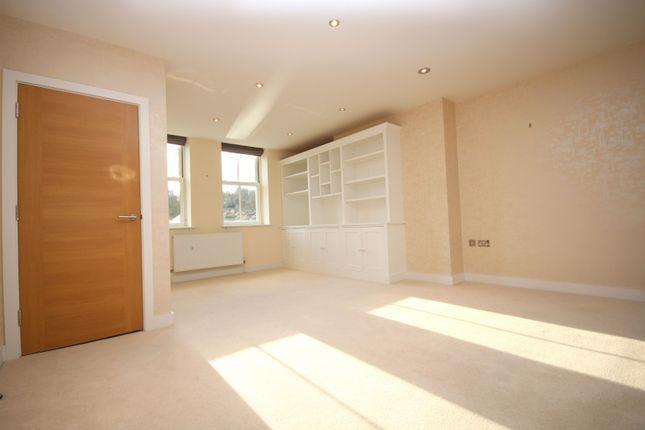 Living Room of Cedar Court, Fairmile, Henley-On-Thames RG9