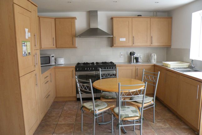 Thumbnail Terraced house to rent in Freemans Acre, Hatfield, Hertfordshire