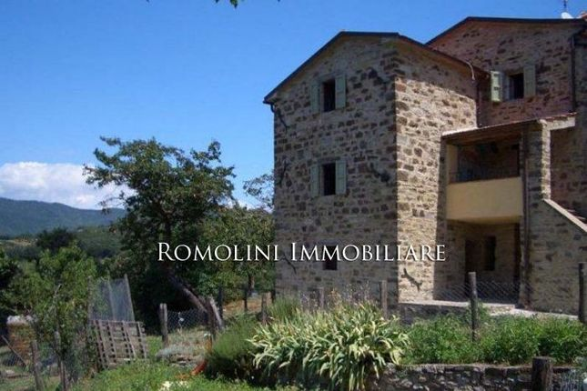 2 bed property for sale in Pieve Santo Stefano, Tuscany, Italy