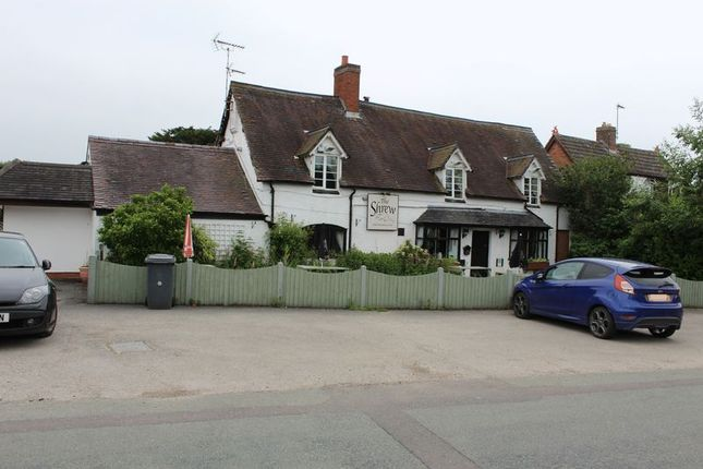 Thumbnail Pub/bar for sale in Uttoxeter Road, Kingstone, Uttoxeter