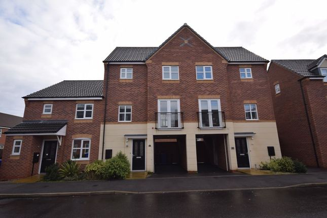 Thumbnail Detached house to rent in Panama Road, Horninglow, Burton