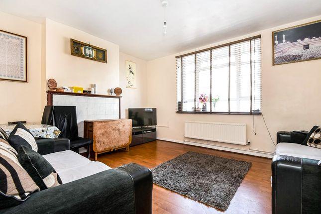 Thumbnail Flat for sale in Ben Jonson Road, Limehouse, London