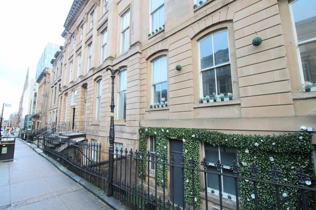 2 bed flat to rent in Bath Street, Glasgow G2