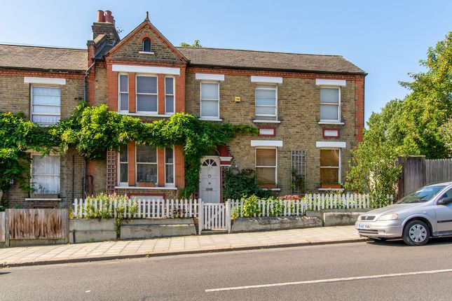 Thumbnail Property to rent in Gipsy Road, London