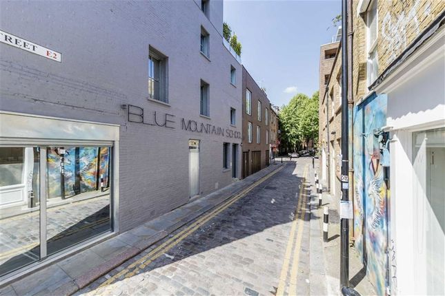 Thumbnail Flat to rent in Chance Street, London
