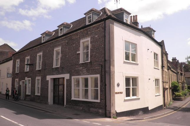 1 bed flat to rent in North Parade, Frome BA11