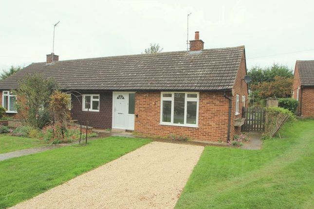 Thumbnail Bungalow for sale in Headland Rise, Welford On Avon, Stratford-Upon-Avon