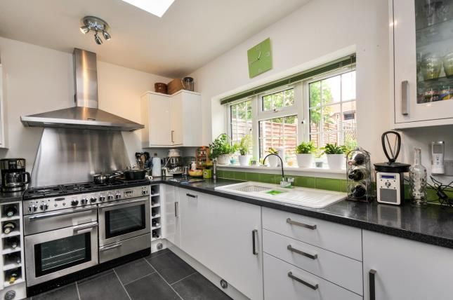 Thumbnail Link-detached house for sale in Playgreen Way, Catford, London, United Kingdom