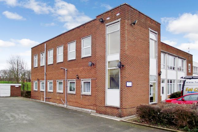 Thumbnail Flat to rent in St Christopher Court, Evesham
