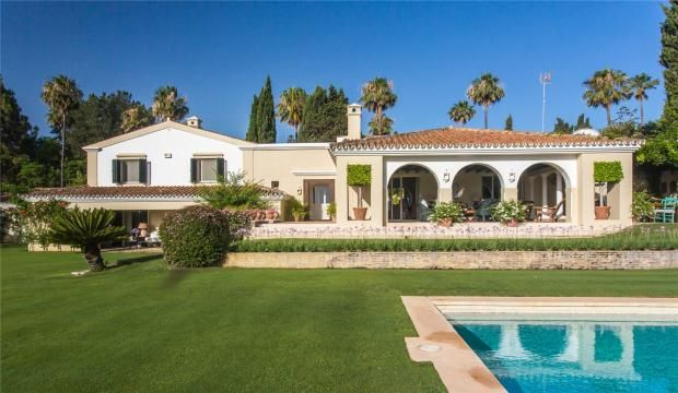 Thumbnail Property for sale in Kings And Queens, Sotogrande, Cadiz, Spain