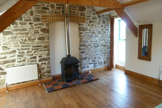 Thumbnail Cottage to rent in Llansteffan, Carmarthen