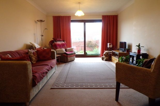 Thumbnail Bungalow to rent in Dorothy Avenue, Peacehaven