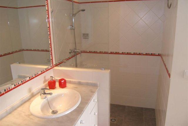 1 (18) Bath Bis of Spain, Málaga, Mijas