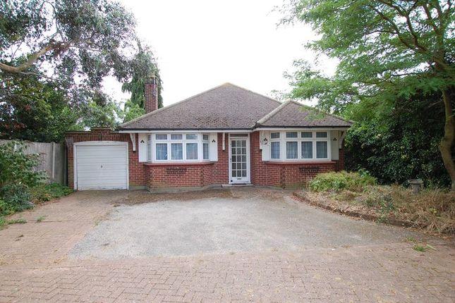Thumbnail Detached bungalow to rent in Farm Drive, Grays