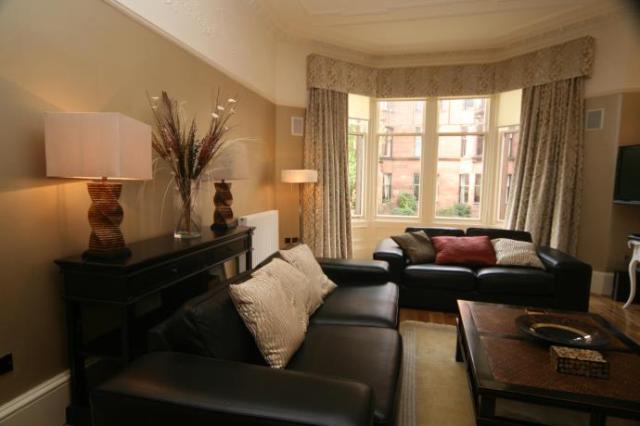 Thumbnail Flat to rent in 19 Falkland Street, Glasgow