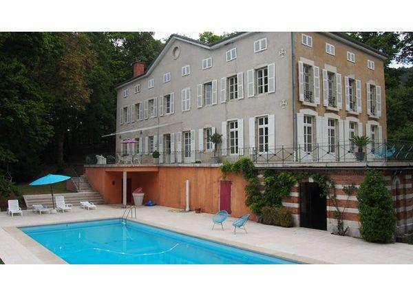 7 bed property for sale in 01000, Bourg-En-Bresse, Fr