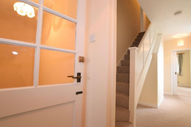 Thumbnail Flat to rent in Firgrove Crescent, Yate, Bristol