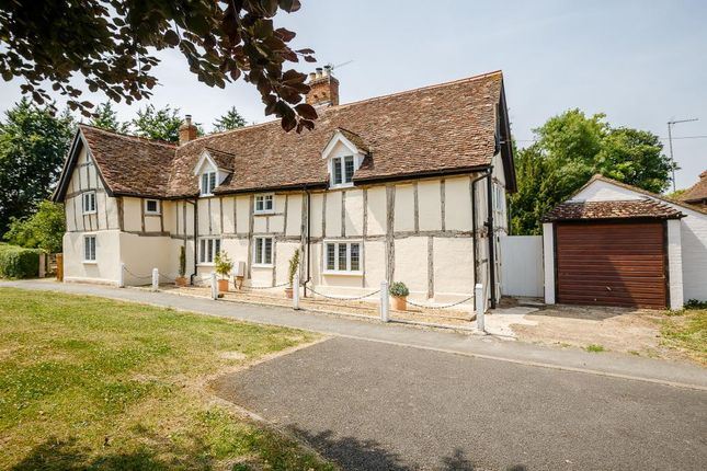 Manor Roofing Hitchin Amp Thumbnail Terraced House For Sale