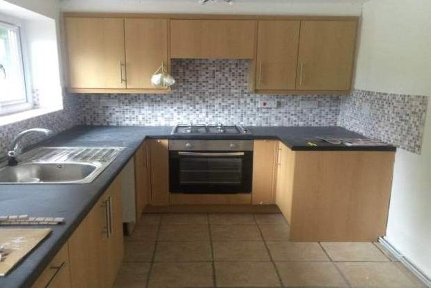 Thumbnail Cottage to rent in Middle Lane, Denbigh