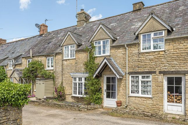 Cottage to rent in Milton -U- Wychwood, Chipping Norton