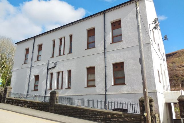 Thumbnail Flat to rent in Ferndale Road, Tylorstown, Ferndale