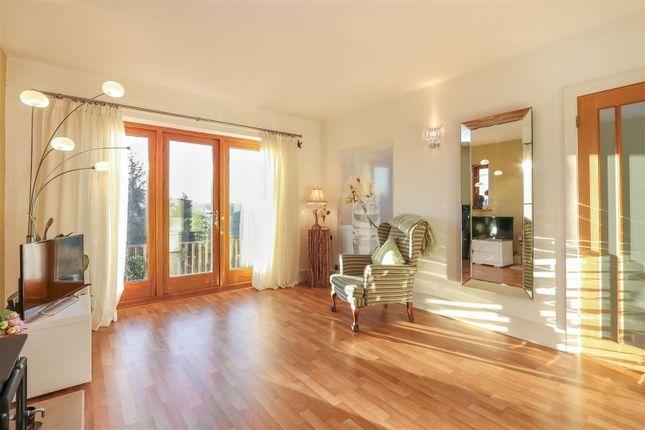Living Room3 of Hackney Road, Hackney, Matlock DE4