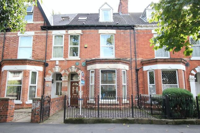 Thumbnail Terraced house to rent in Victoria Avenue, Princes Avenue, Hull
