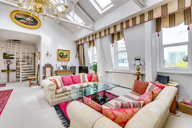 Thumbnail Flat for sale in Central Park Lodge, London