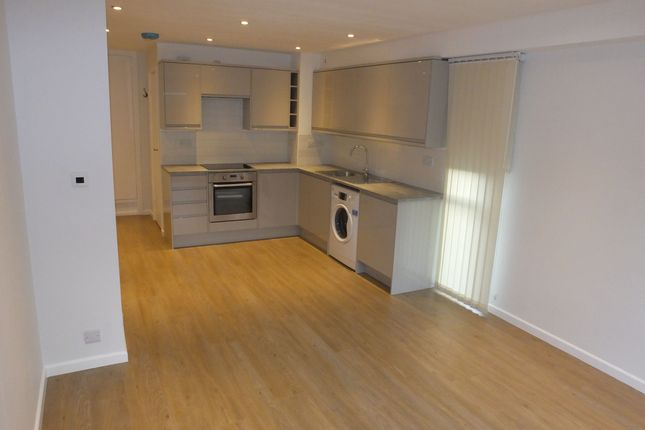 Thumbnail Studio to rent in Eleanor Close, Lewes