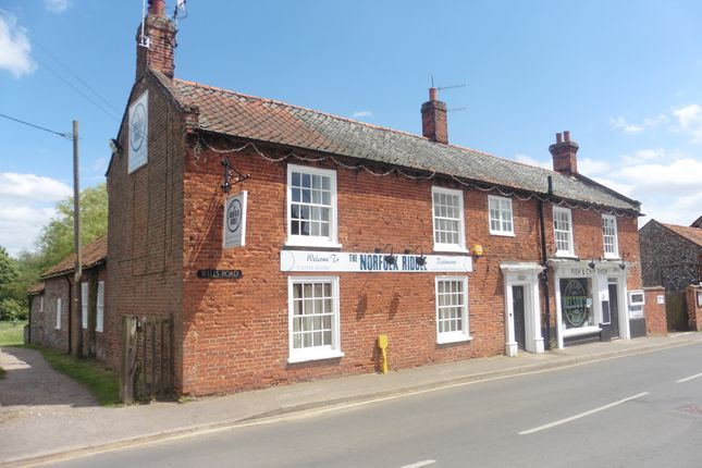 Thumbnail Country house to rent in Wells Road, Lt Walsingham