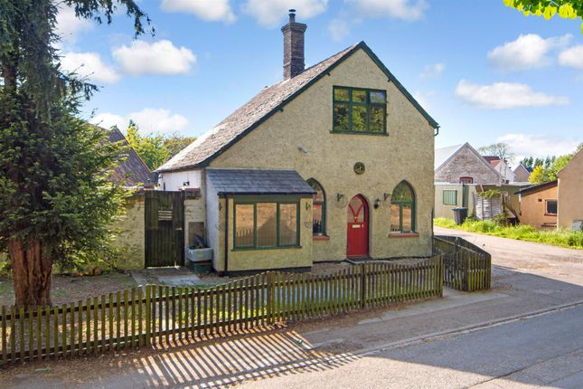2 bed semi-detached house to rent in Wild Acres, High Street, Burwell, Cambridge
