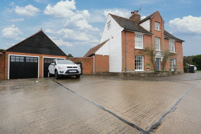 Thumbnail Detached house for sale in Hever Close, Hockley