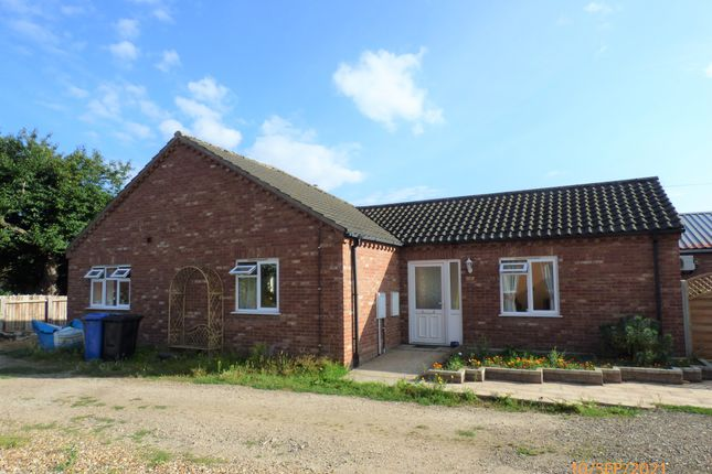 Thumbnail Detached bungalow to rent in Southend Road, Bungay