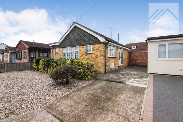 Thumbnail Bungalow for sale in Kamerwyk Avenue, Canvey Island
