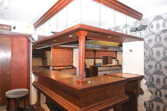 Picture No. 27 of The Queens Head Pub, William Street, Great Clifton, Workington, Cumbria CA14