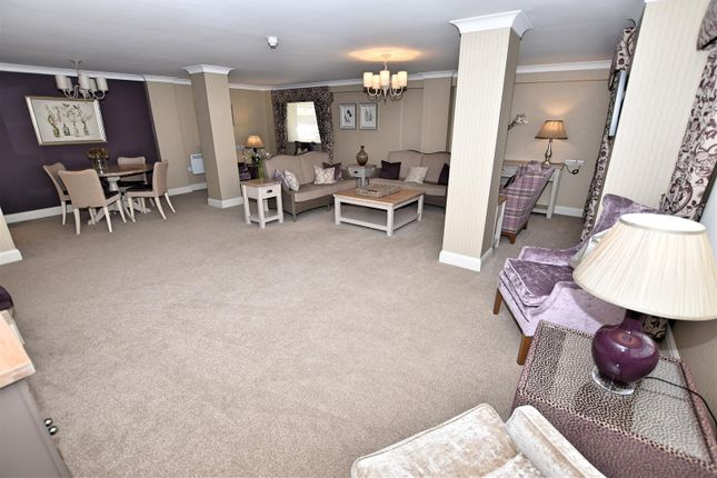 Residents Lounge of Cranleigh Drive, Leigh-On-Sea SS9