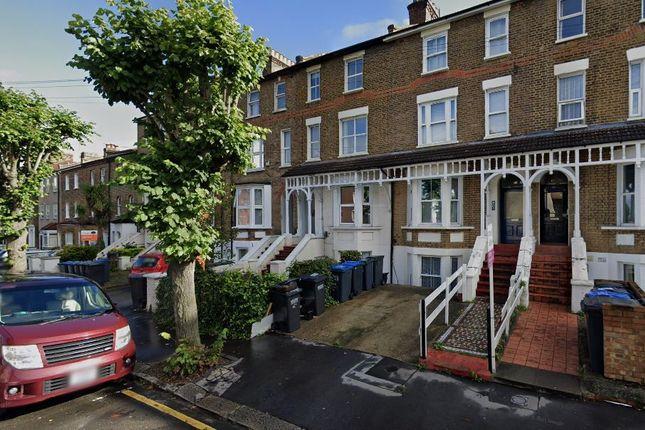 Thumbnail Studio to rent in Clyde Road, Surrey