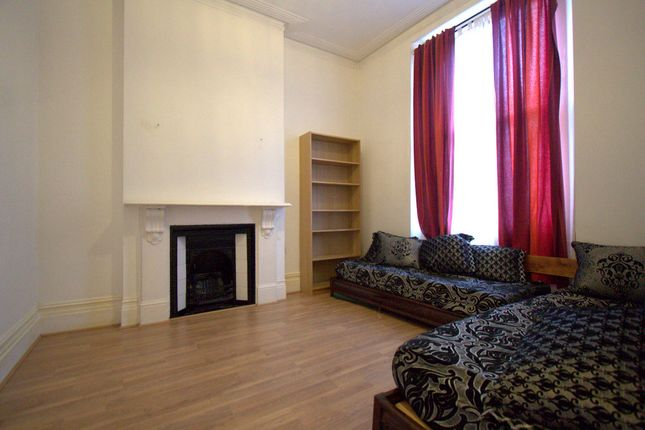 Thumbnail Terraced house to rent in Endymion Road, London