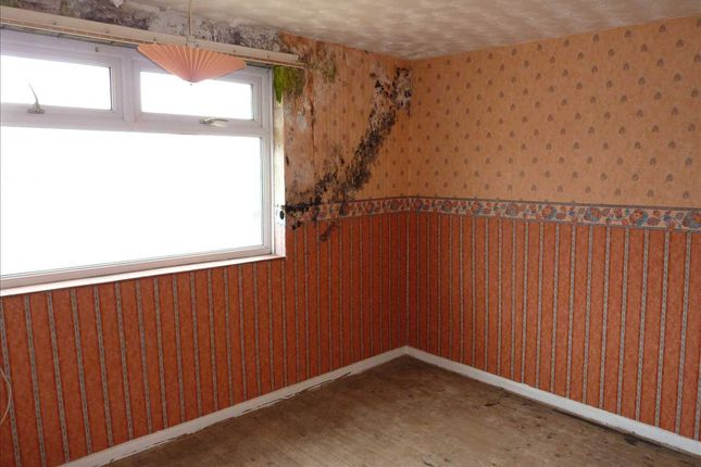 Bedroom One of Worcester Avenue, Grimsby DN34