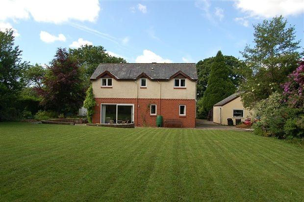 4 bed property for sale in Croston Road, Preston