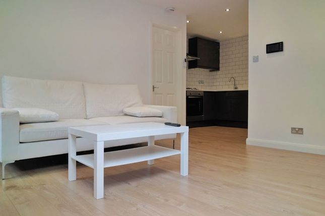 1 bed flat to rent in Avondale Road, South Croydon