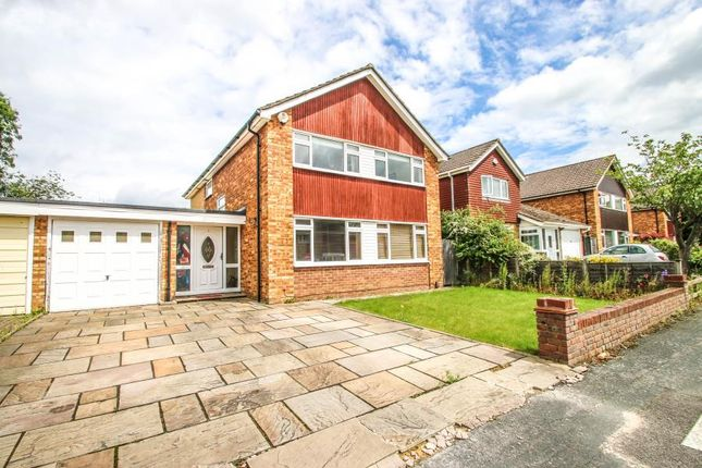 4 bed detached house to rent in Great Oaks Park, Burpham, Guildford