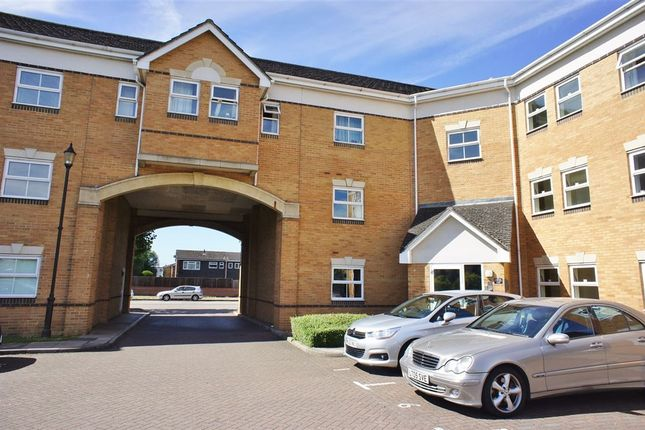 Thumbnail Flat to rent in Prince Albert Ct., Staines Road West, Sunbury