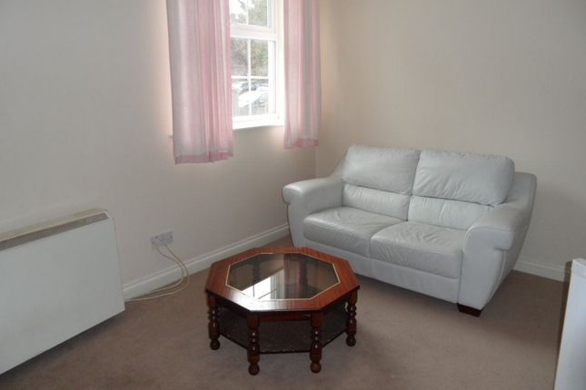 1 bed flat to rent in Buxton Road, Luton