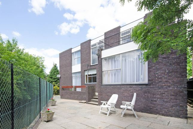 Thumbnail Property to rent in Forty Avenue, Wembley